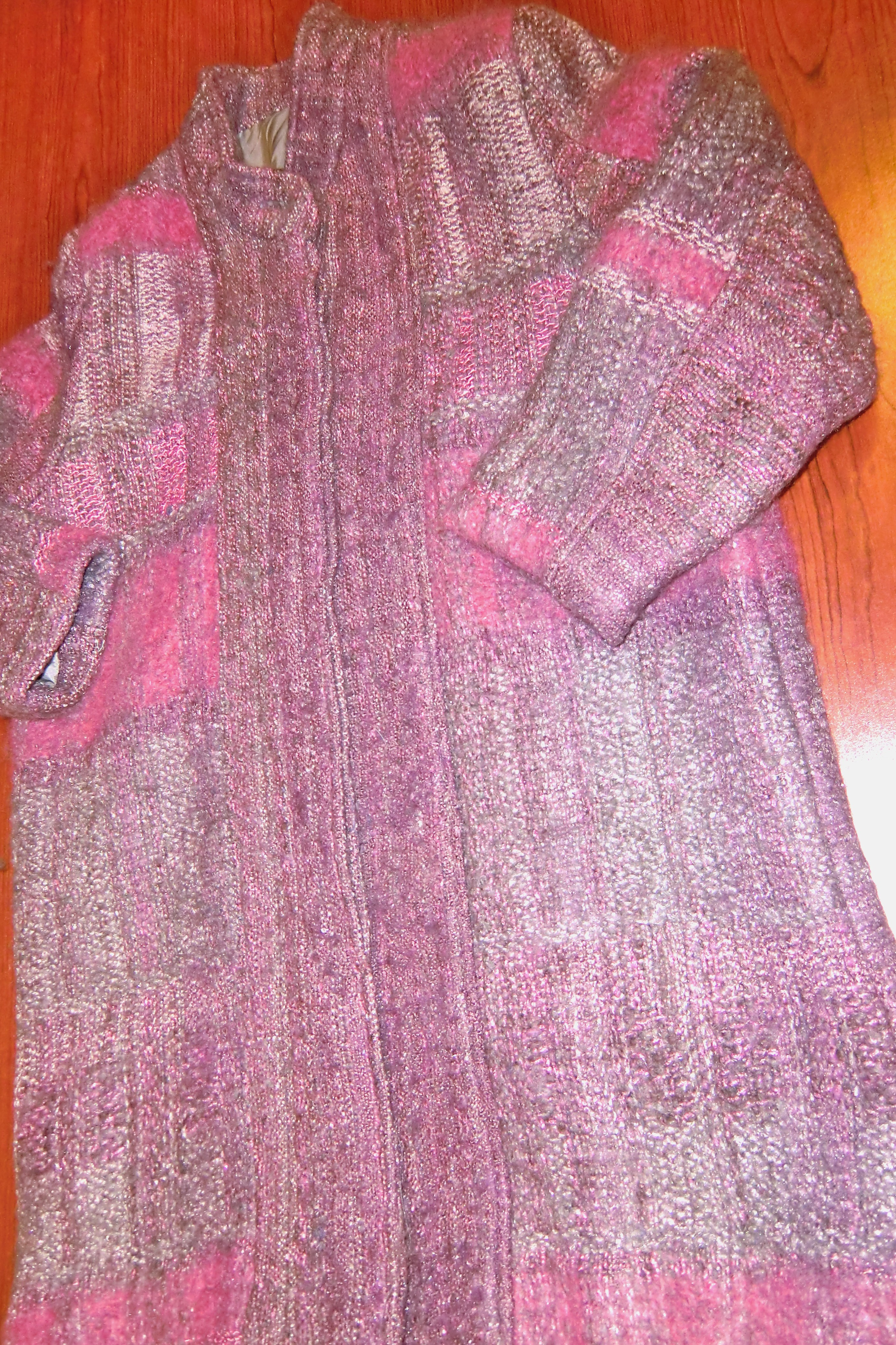 coat woven in summer and winter pattern