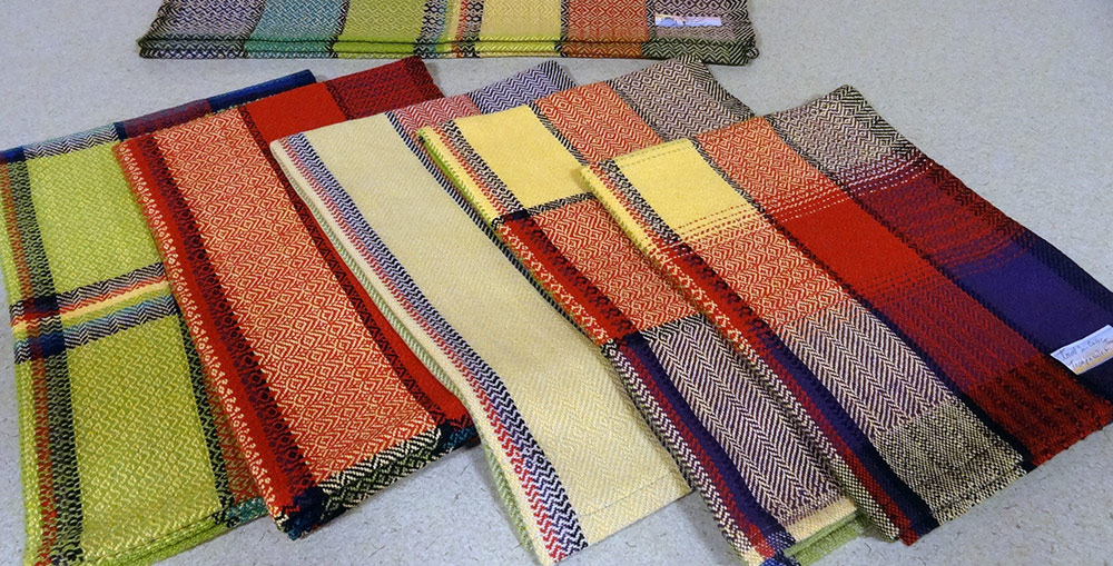 Kitchen Towels in a Gamp Color Pattern by Joyce Niesen